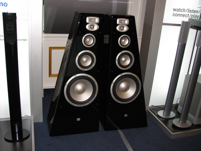 http://www.audioheritage.org/vbulletin/attachment.php?attachmentid=33708&stc=1&d=1218319106