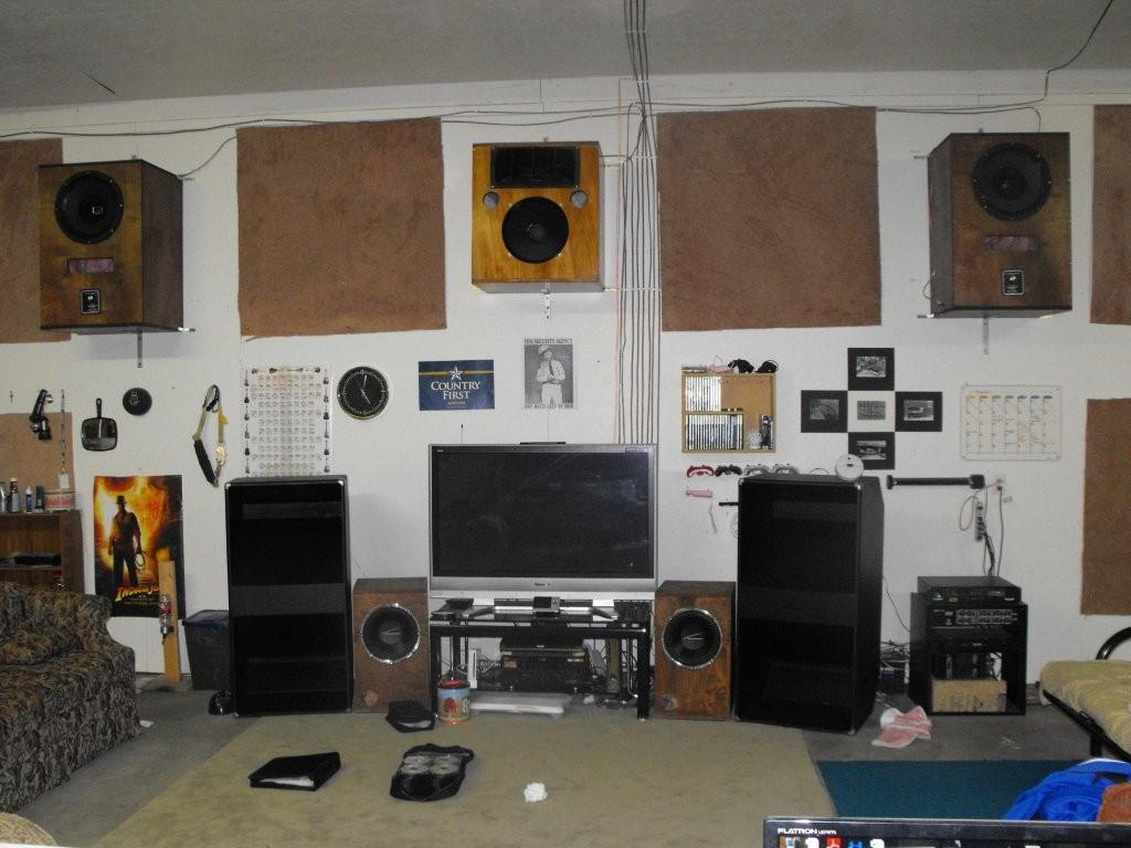 I Need The Largest Speaker Wall Mount Largest Home