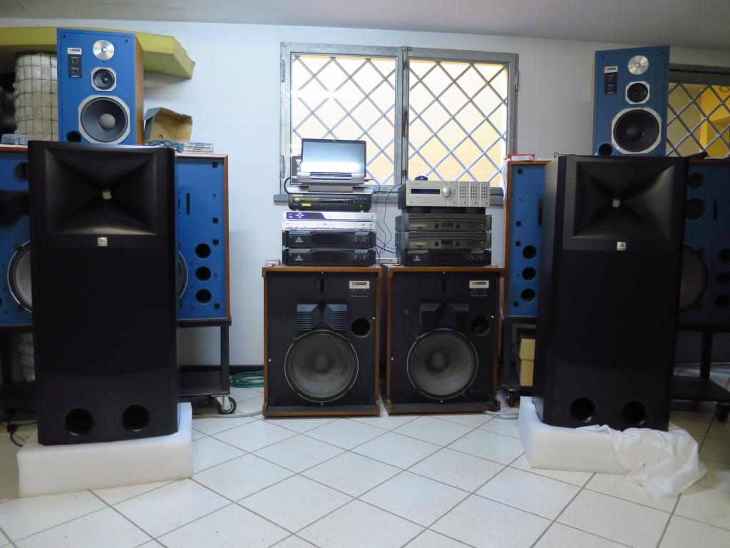 Jbl M2 Master Reference System Okay For 2 Channel Home