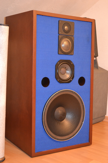 Name:  jbl-xpl-300_709159.jpg